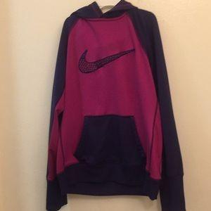 Nike thermal fit hoodie